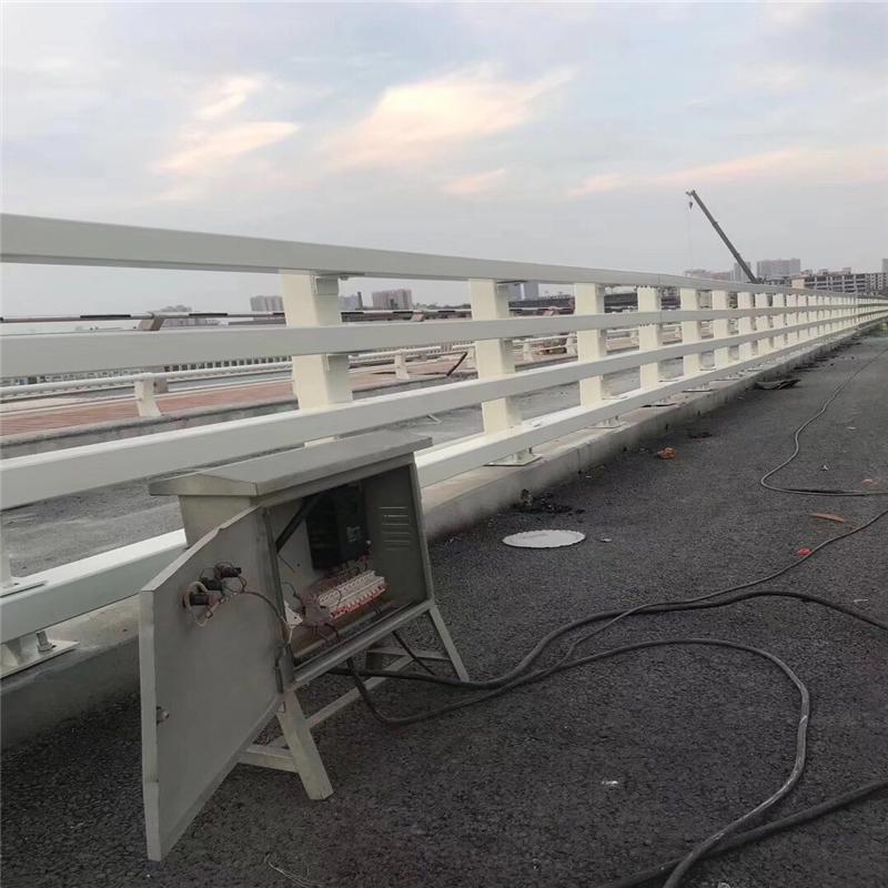 河南洛阳市吉利不锈钢碳素钢复合管栏杆