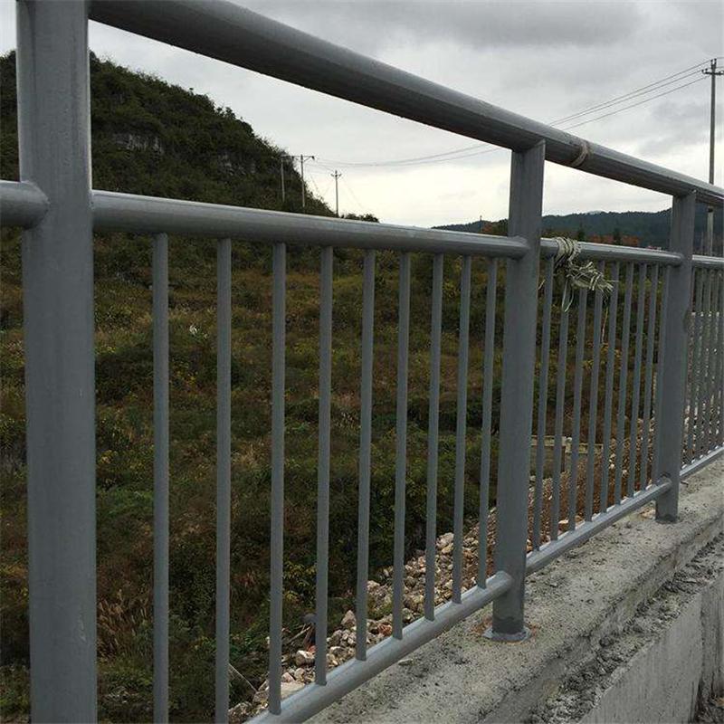 海南海口市光亮不锈钢复合管高度要求