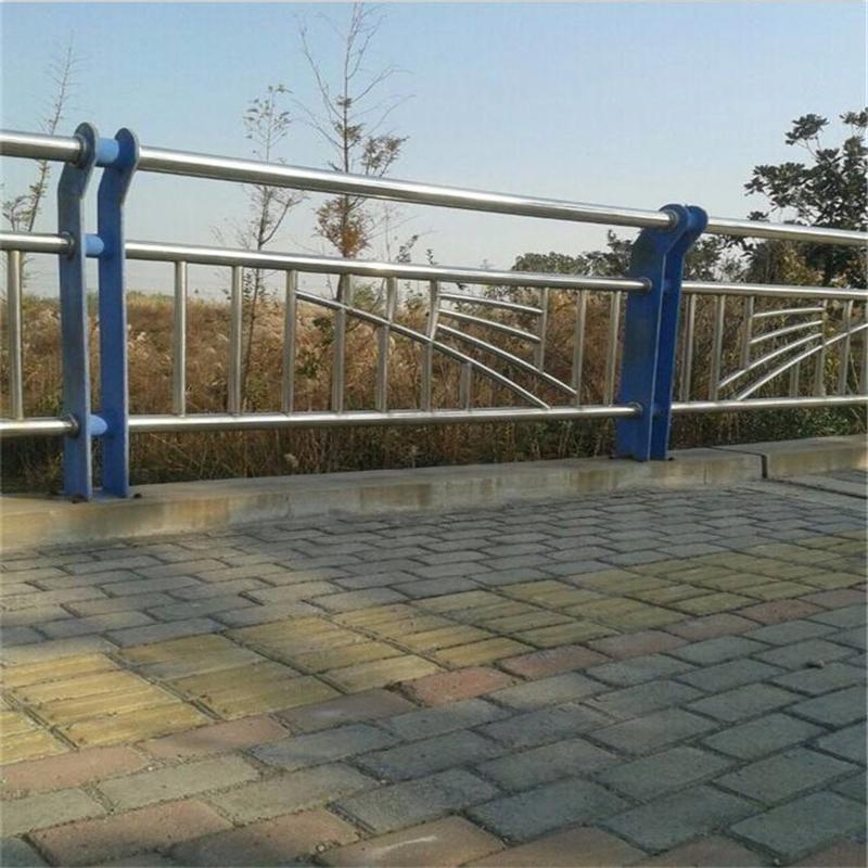 江西新余市隔离护栏一级质量