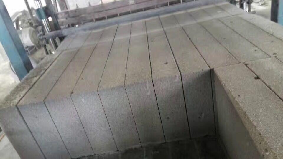廊坊8公分水泥发泡板大量现货