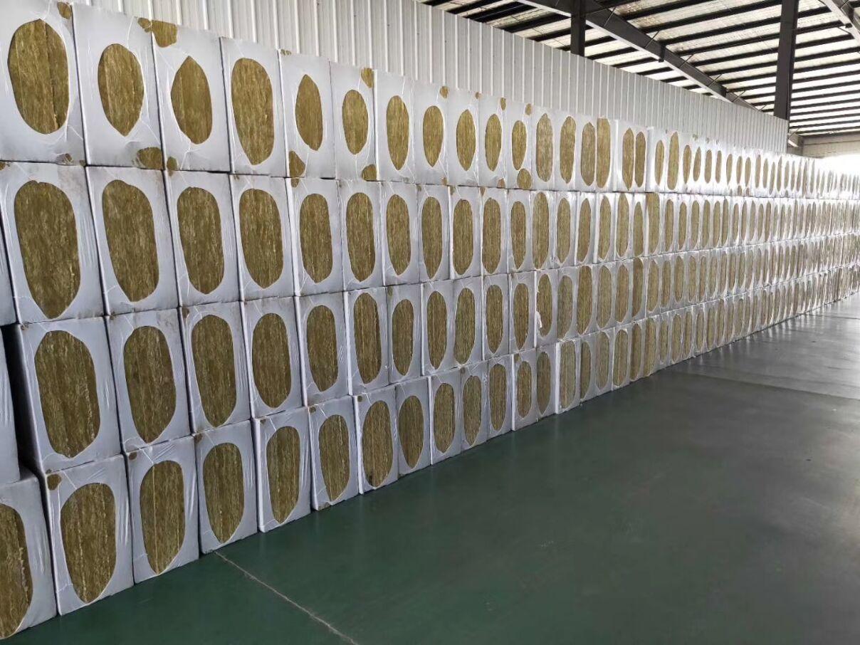 东营岩棉板每立方价格