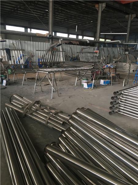 安徽双金属复合管护栏质量很靠谱