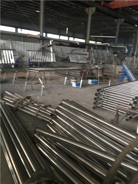 张家界不锈钢复合钢管优级质量