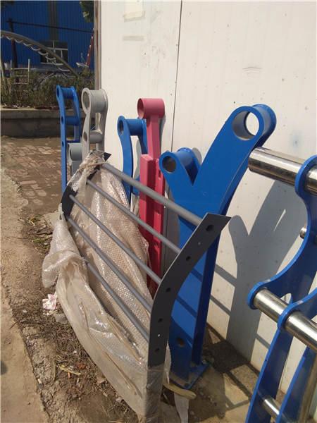 天津钢板立柱质量可靠