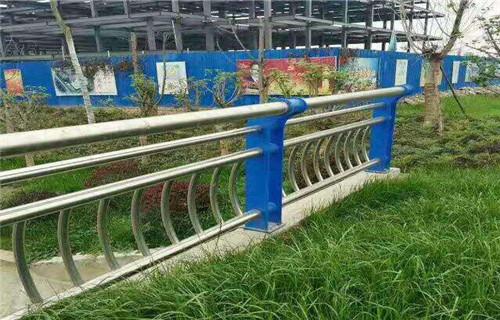 廊坊201不锈钢复合管护栏加工工艺