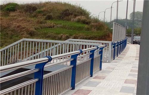 西藏201不锈钢复合管护栏免费安装