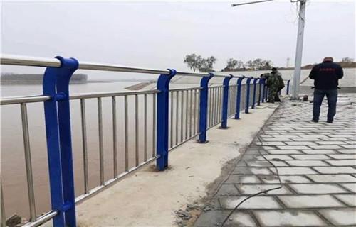 西藏201不锈钢复合管道路护栏
