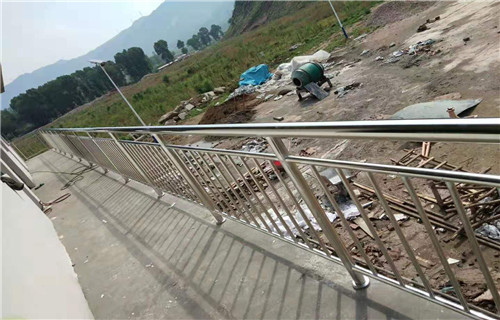 莆田桥梁不锈钢护栏保质保量
