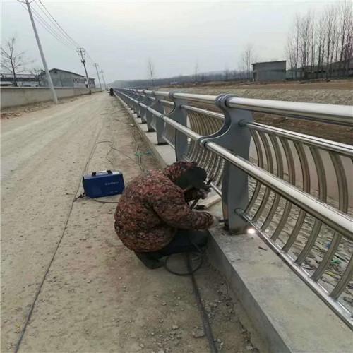 吕梁不锈钢桥梁景观护栏生产厂家