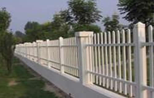 西藏锌钢护栏市政隔离栏杆锌钢围栏护栏厂家批发价格