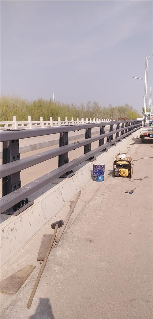 安徽桥梁201不锈钢立柱价更优