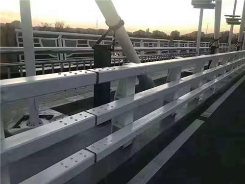 盘锦道路交通隔离护栏抗腐蚀
