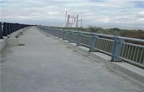 山东不锈钢复合管景观护栏