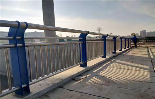 安康复合管桥梁护栏定金生产