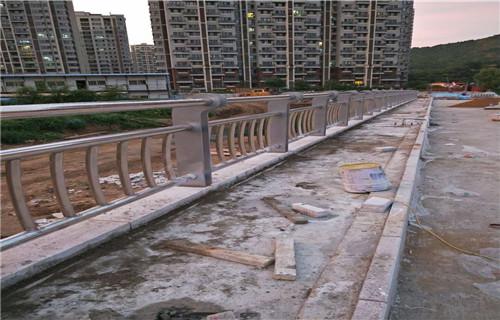 本溪不锈钢桥梁护栏生产量大