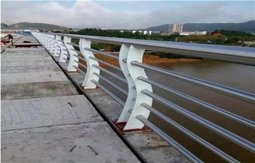 威海304L不锈钢复合管包安装