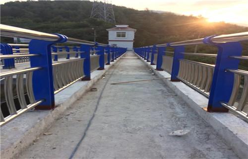 威海不锈钢桥梁护栏可来图