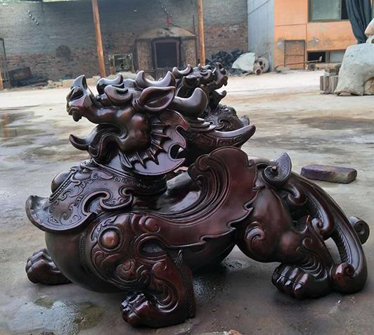 黔西南铜麒麟铜雕