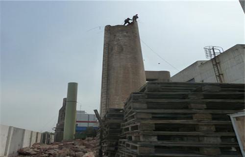 德阳砼烟囱爬梯护网平台除锈刷漆服务好