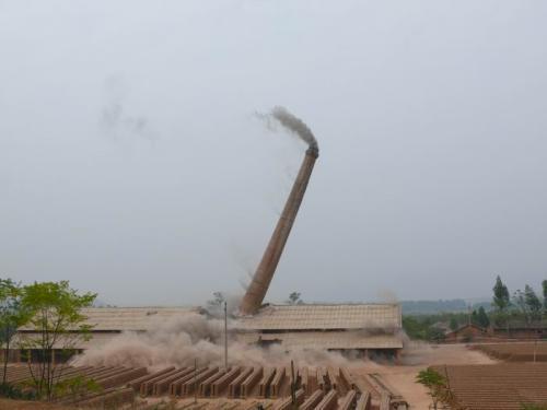 惠州水泥烟囱拆除施工方案——华电高空