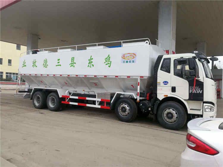 25吨液压散装饲料运输车河池配置