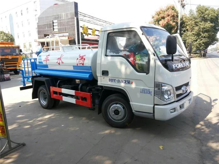 内江东风国六小型洒水车价格优惠