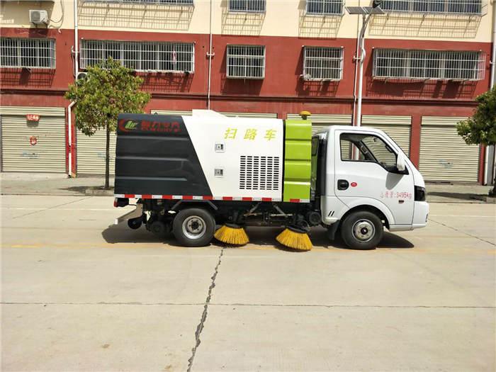 安康环卫扫地车洒水带铲雪清扫车全国送车
