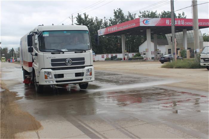 安康5吨道路清扫车扫路车厂家分期服务