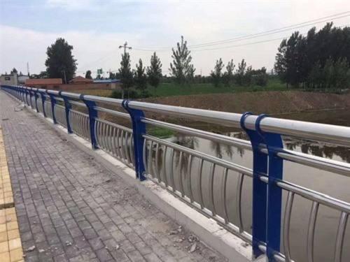 河北运河桥梁立柱