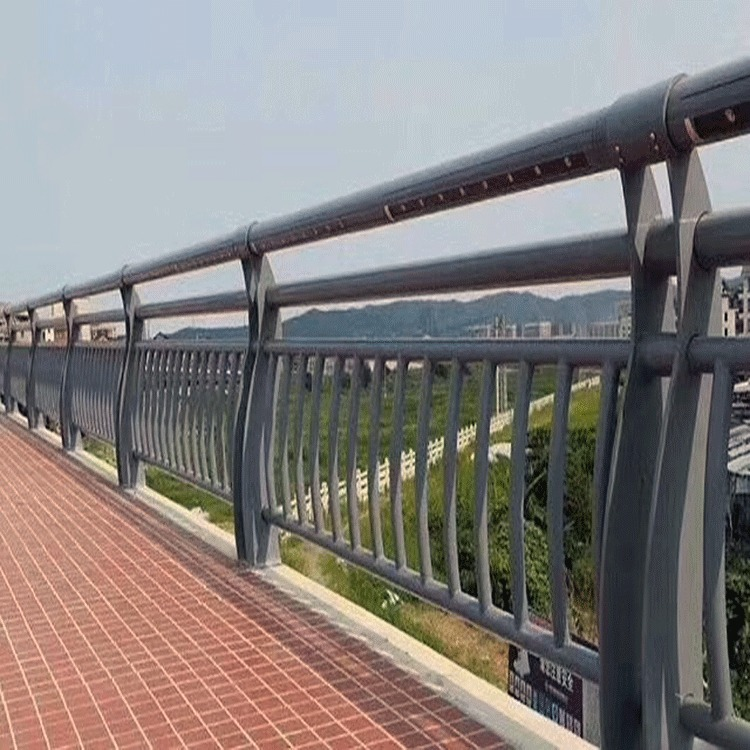 山东省东营钢管护栏