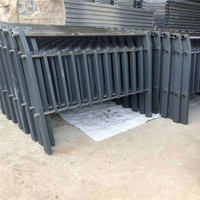 河北省保定安新防撞灯光栏杆产品