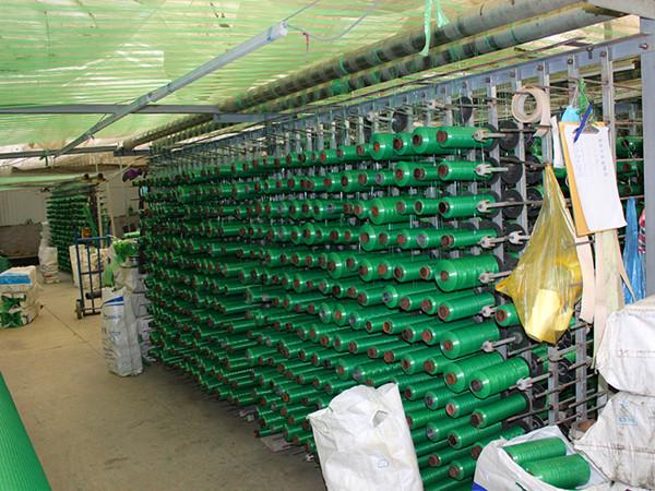 新疆1米无纺布印花防寒布单膜绿化防寒布树木保温缠树带生产厂家