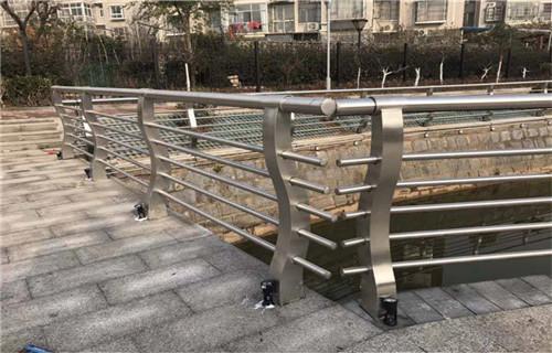 安徽不锈钢栏杆价格实惠