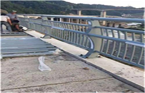 吕梁桥梁护栏保质保量