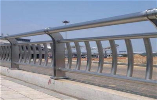 内江不锈钢碳素钢复合管厂家