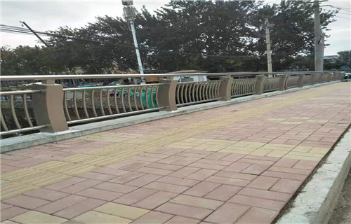 新闻:宜宾桥梁景观护栏欢迎