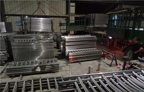 新闻:太原桥梁防护栏现货供应商