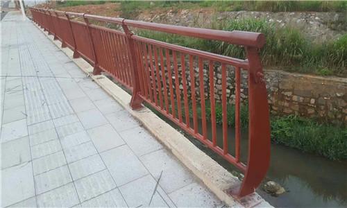 耐用:江门双金属复合管护栏制作安装施工