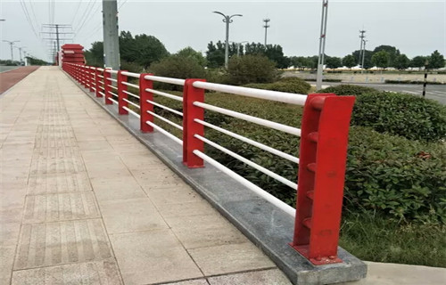 德阳桥梁景观不锈钢栏杆大量供货