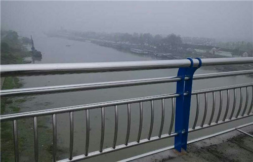 张家界桥梁不锈钢复合管材料厂价