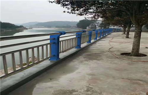 厦门防护栏立柱不锈钢桥梁栏杆