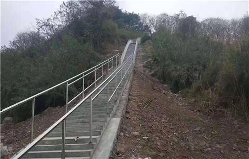 新余桥梁钢板立柱喷塑201不锈钢立柱