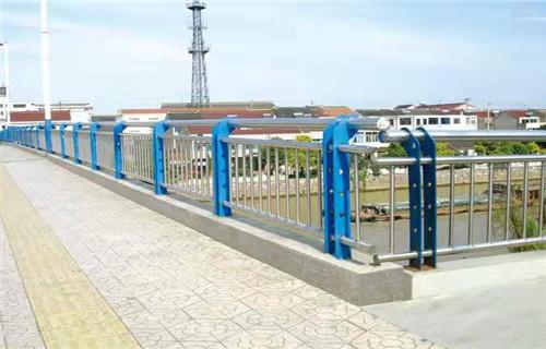 厦门不锈钢桥梁景观护栏铁路不锈钢复合管栏杆