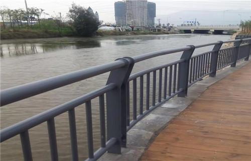 安康不锈钢桥梁栏杆304不锈钢复合管