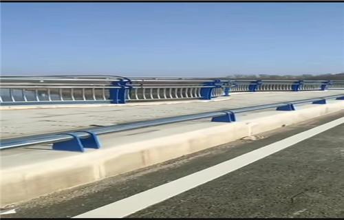 吕梁桥梁扶手不锈钢管不锈钢复合管护栏扶手