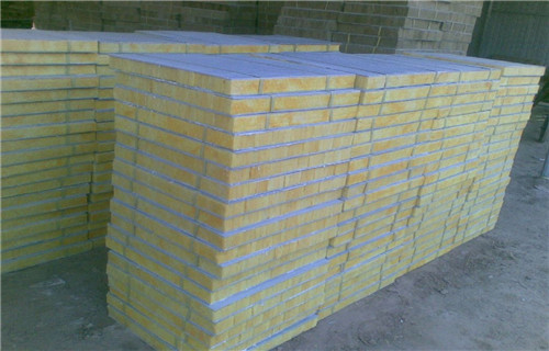 平顶山外墙岩棉板 铝箔复合岩棉板厂家报价