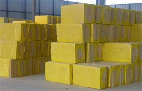 常州岩棉保温管 矿棉板每平米价格