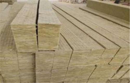 平顶山外墙岩棉板 铝箔复合岩棉板价格