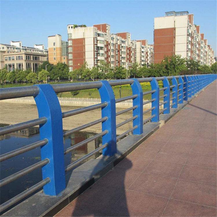 沧州不锈钢复合管护栏专卖产品资讯