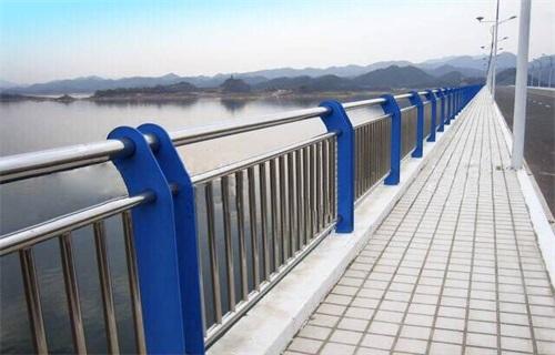 山东不锈钢桥梁护栏规格齐全